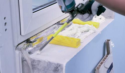 Установка подоконников и откосов на пластиковые окна. Звоните 8(812)945-97-39.